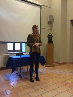 Eva Paul, chargée de projets, présente l'activité du groupe d'expertise de la Fondation